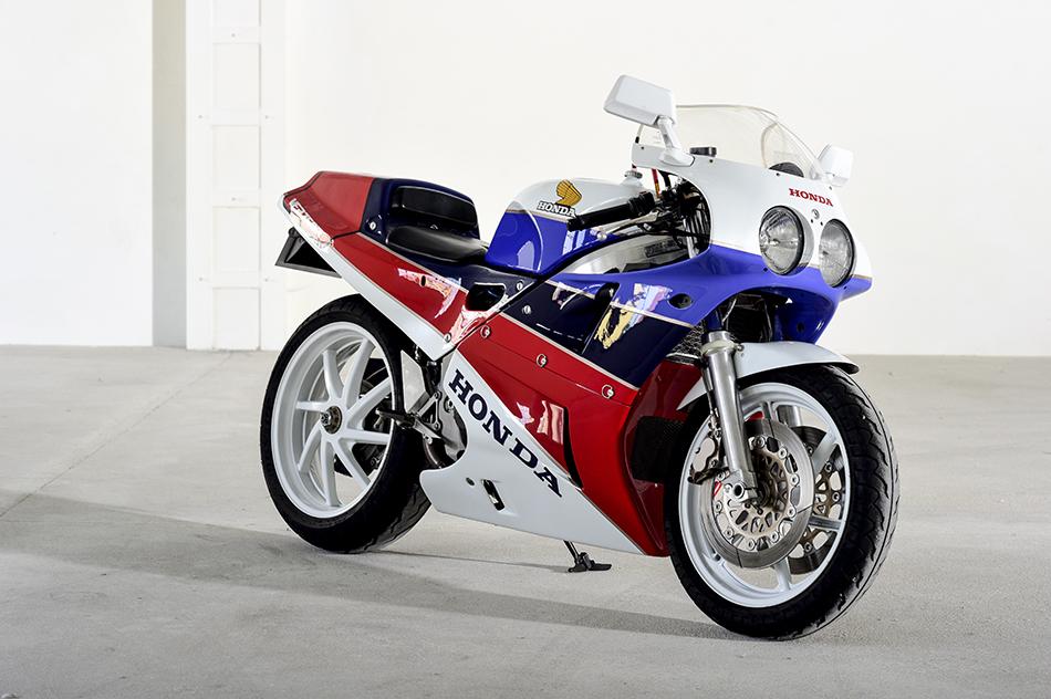 honda vfr 750 r rc 30 les annonces motos vendre. Black Bedroom Furniture Sets. Home Design Ideas