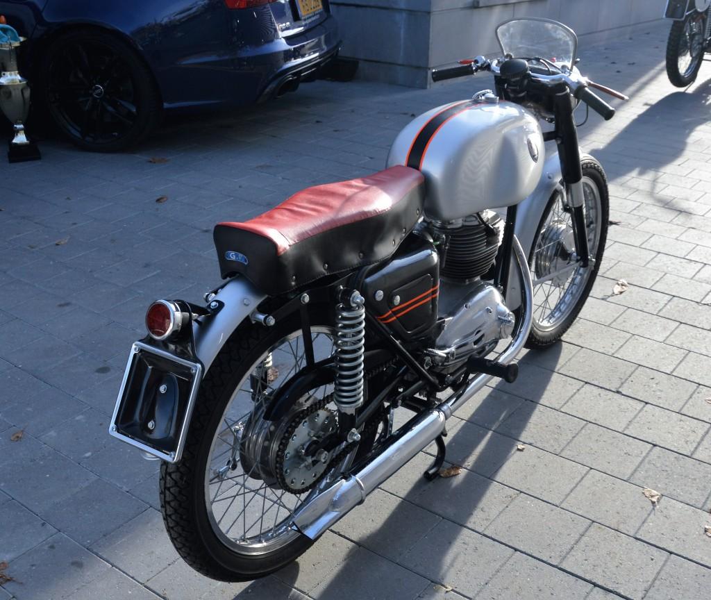 maserati t4 les annonces collection motos vendre. Black Bedroom Furniture Sets. Home Design Ideas