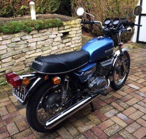 suzuki gt 250 2 les annonces collection motos vendre. Black Bedroom Furniture Sets. Home Design Ideas