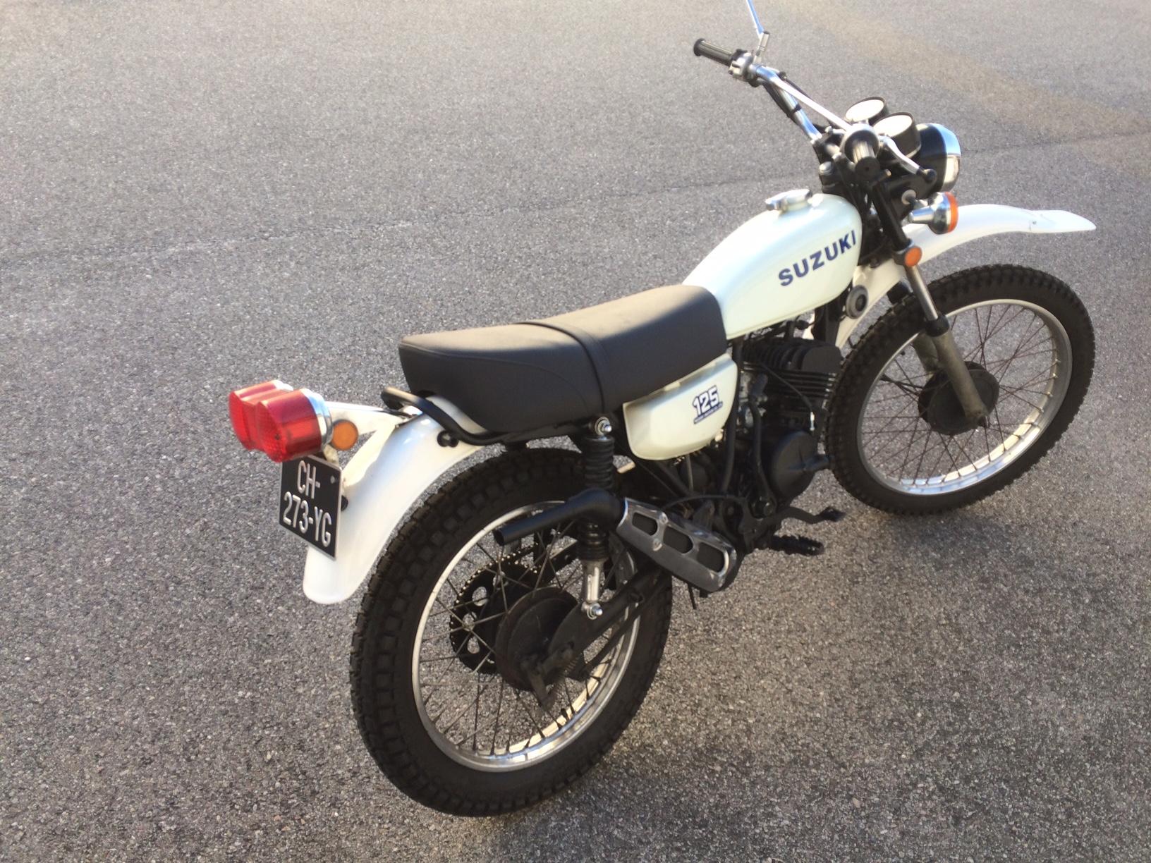 suzuki ts 125 les annonces collection motos vendre. Black Bedroom Furniture Sets. Home Design Ideas
