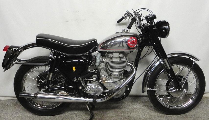 bsa dbd34 les annonces motos vendre. Black Bedroom Furniture Sets. Home Design Ideas