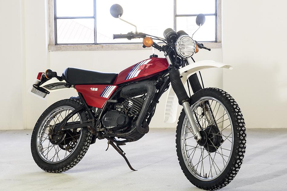 yamaha dt 125 mx les annonces collection motos vendre. Black Bedroom Furniture Sets. Home Design Ideas