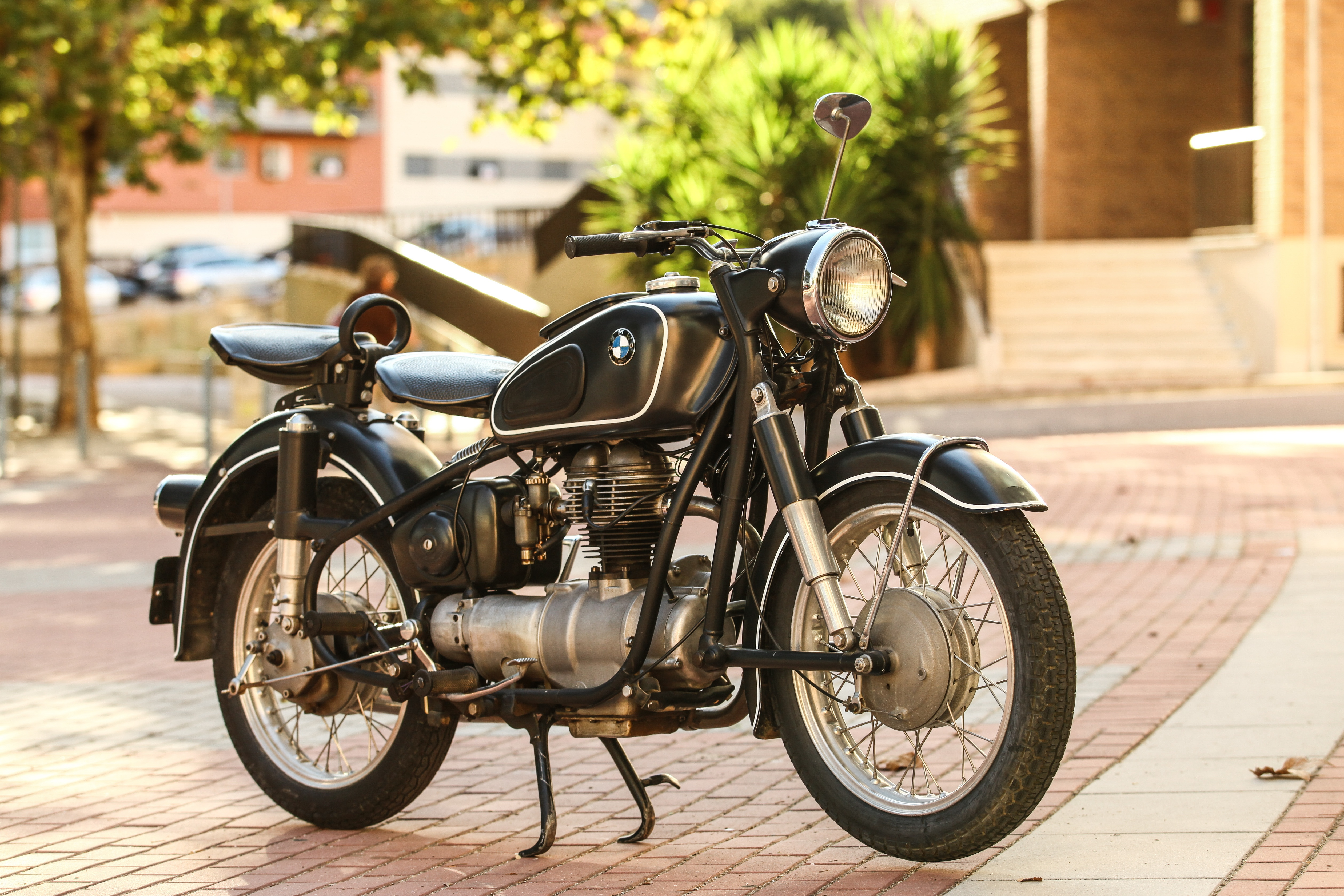 bmw motorcycles r 27