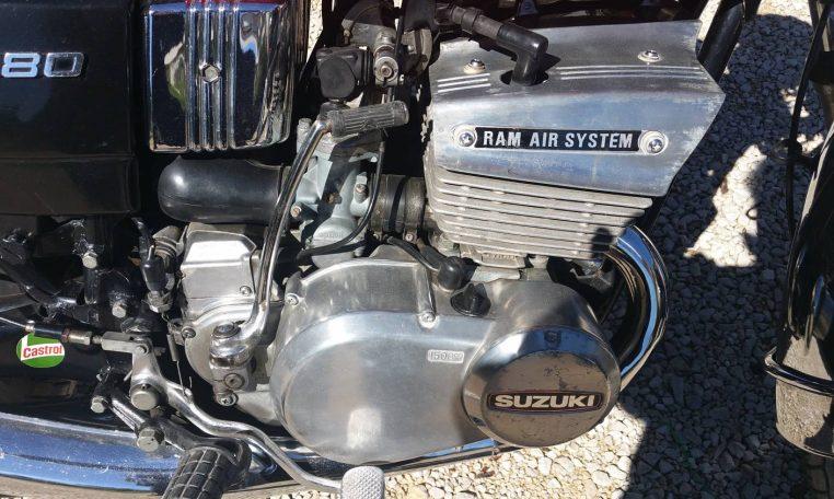Suzuki GT full