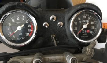 Ducati 750 GT plein
