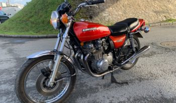 Kawasaki Z650 plein
