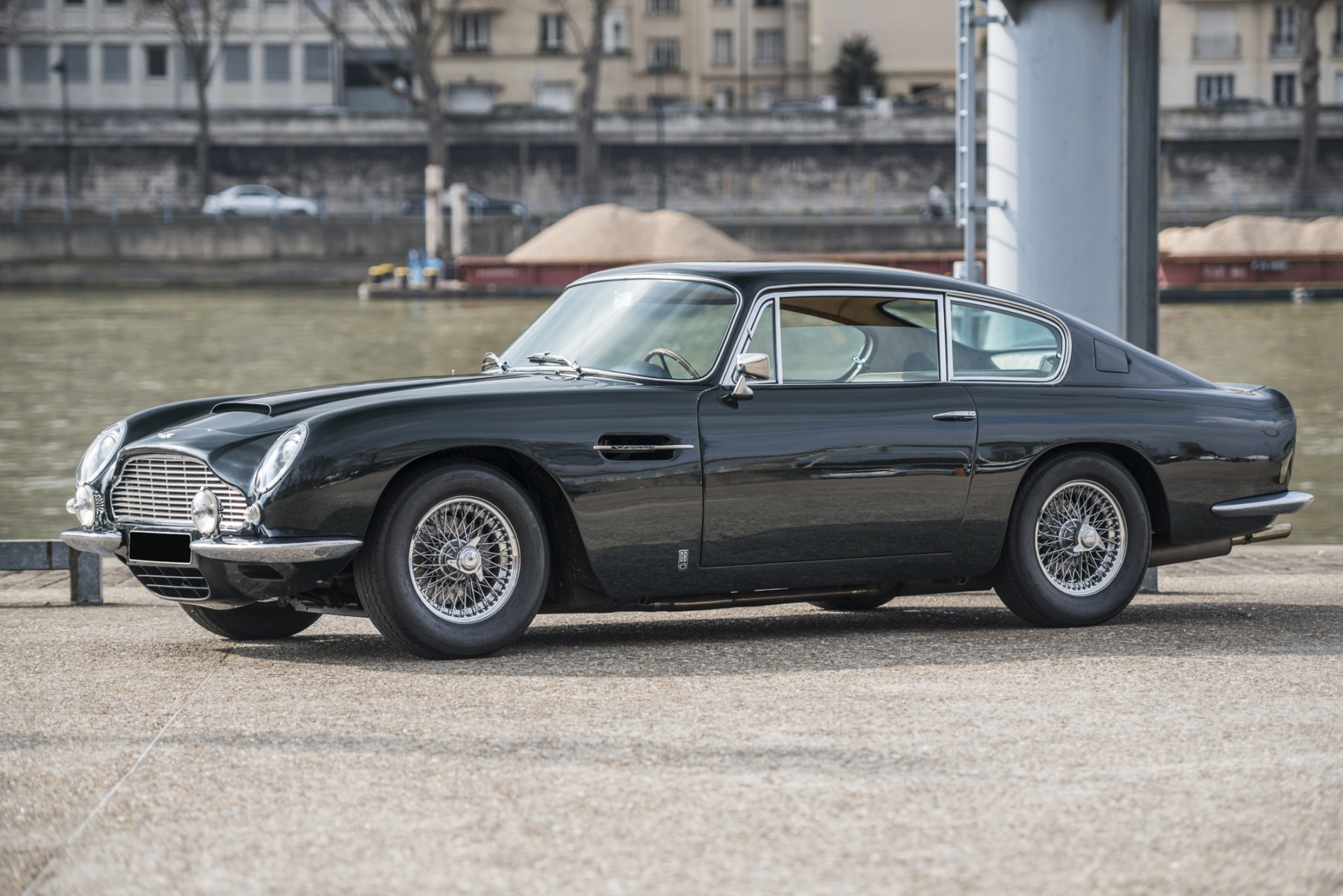aston martin db6 the collection listings. Black Bedroom Furniture Sets. Home Design Ideas