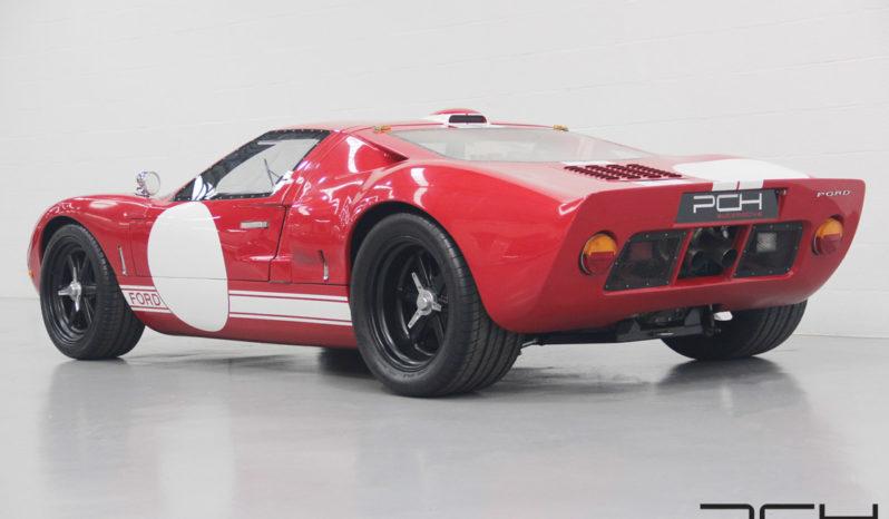Ford GT 40 full