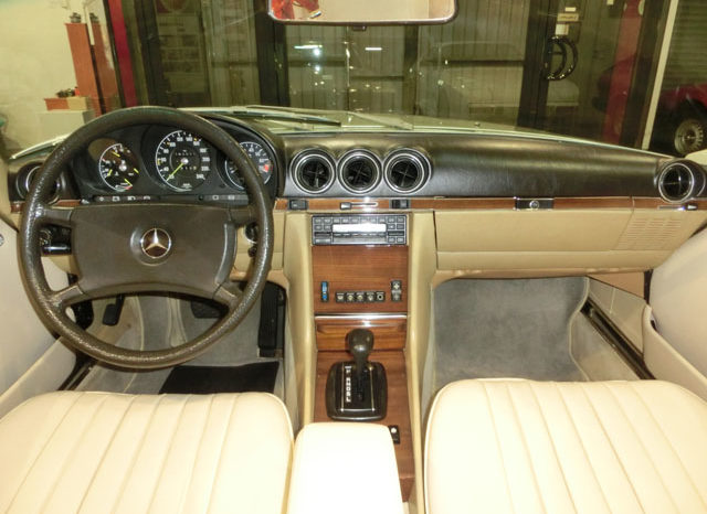 Mercedes Benz SL Cabriolet full