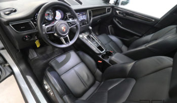 Porsche Macan full