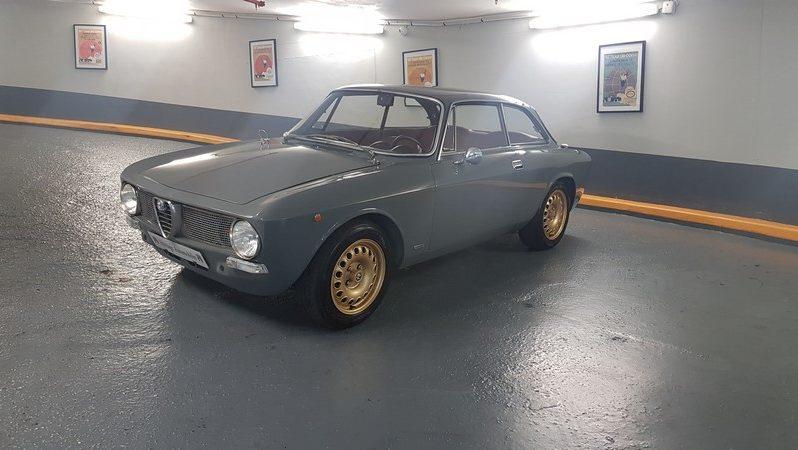Alfa Romeo Giulia GT 1300 Junior