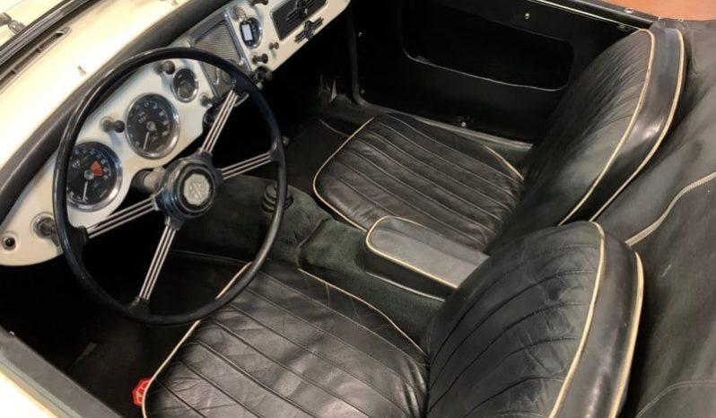 MGA 1500 Roadster full