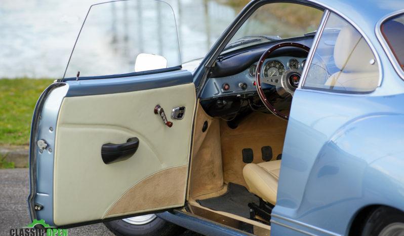 Volkswagen Karmann Ghia Coupé full