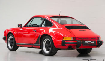 Porsche 911 Carrera full