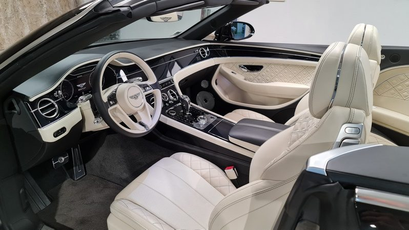 Bentley GTC First Edition full
